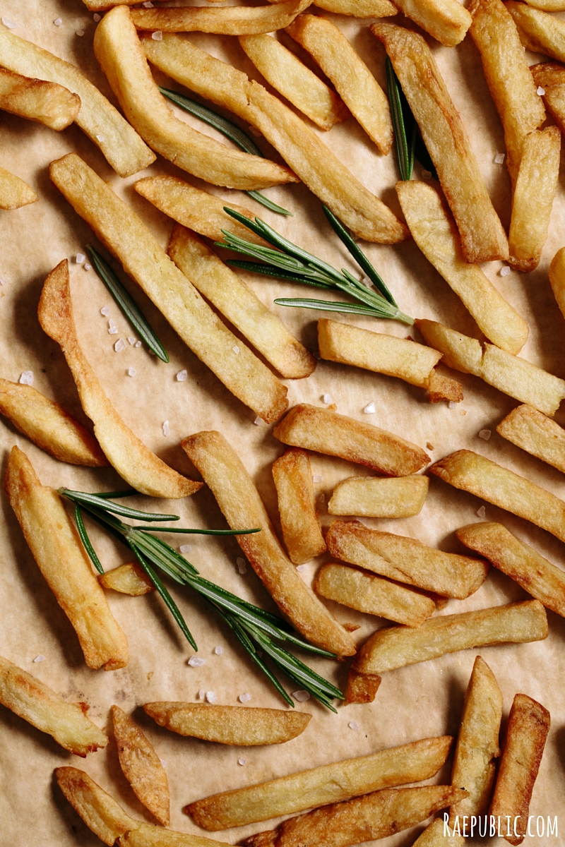 OIL-FREE ROSEMARY FRENCH FRIES